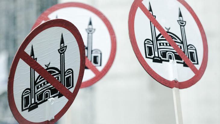 معاداة الإسلام