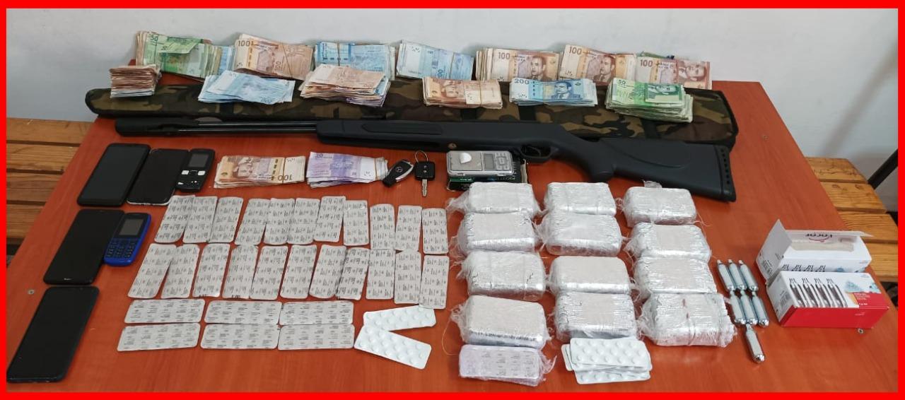 الدار البيضاء.. توقيف ثلاثة أشخاص بسبب الأقراص المخدرة