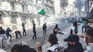 الجزائر .